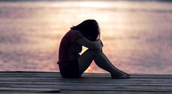 Cara Mengatasi Dampak Jerawat pada Anak Remaja